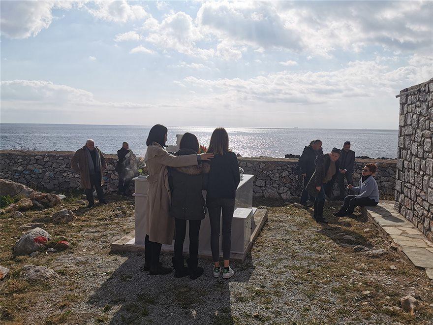 Μνημόσυνο για τον έναν χρόνο από το θάνατο του Θέμου Αναστασιάδη
