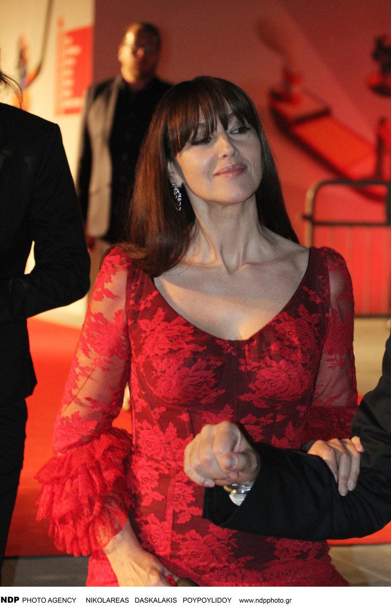 Μόνικα Μπελούτσι μοστρα 2019 κόκκινο φόρεμα