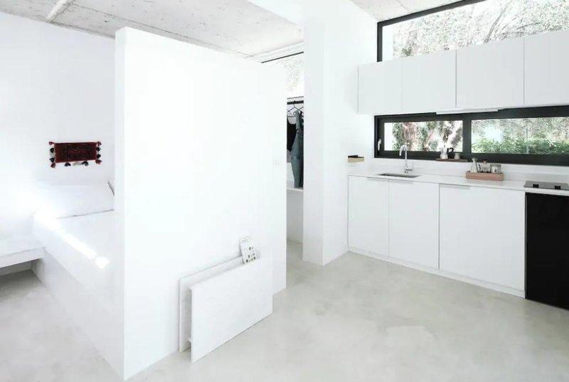 Υπνοδωμάτιο και κουζίνα