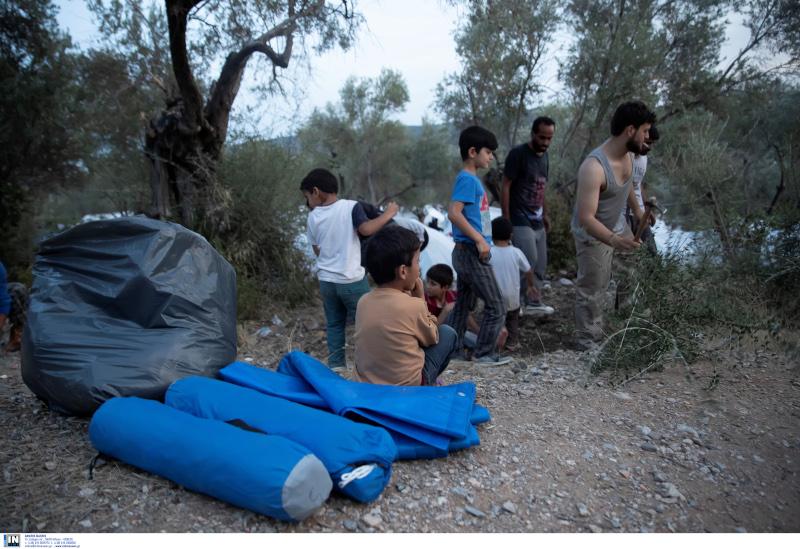 Πρόσφυγες και μετανάστες
