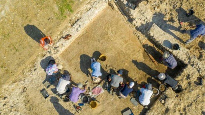 Στο πρότζεκτ αποκάλυψης του μωσαϊκού μετείχαν κυρίως εθελοντές του Boxford History Project.