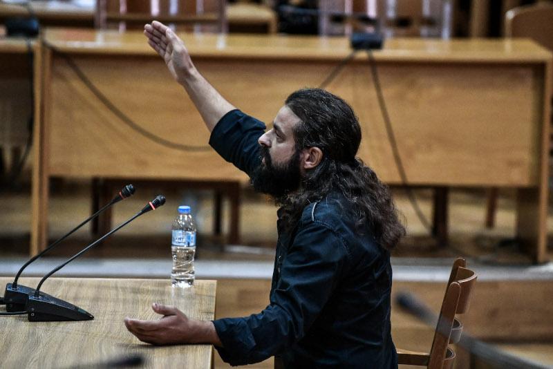Ο Κωνσταντίνος Μπαρμπαρούσης κατά την απολογία του