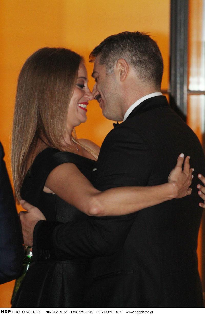 Αλέξανδρος Μπουρδούμης και Λένα Δροσάκη φιλιούνται