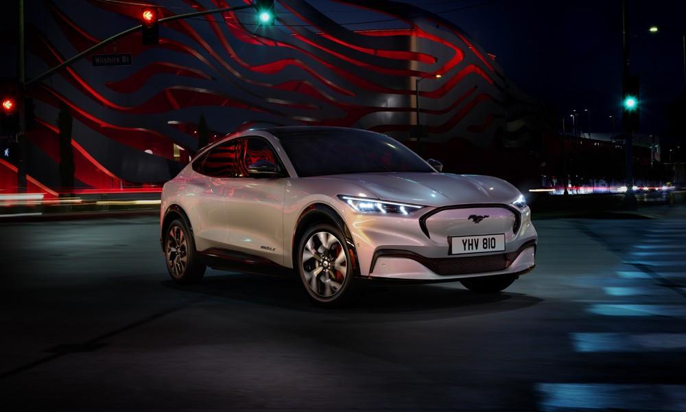 H Ford σχεδιάζει νέο compact ηλεκτρικό SUV