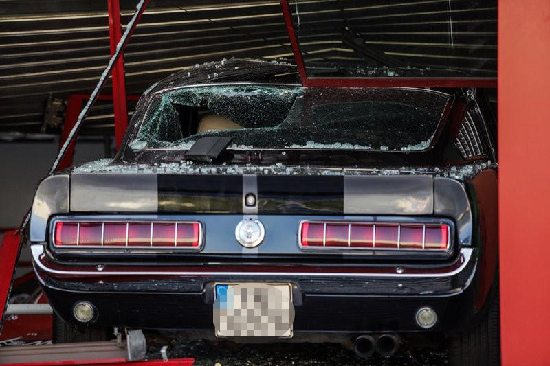 Το κατεστραμμένο Mustang