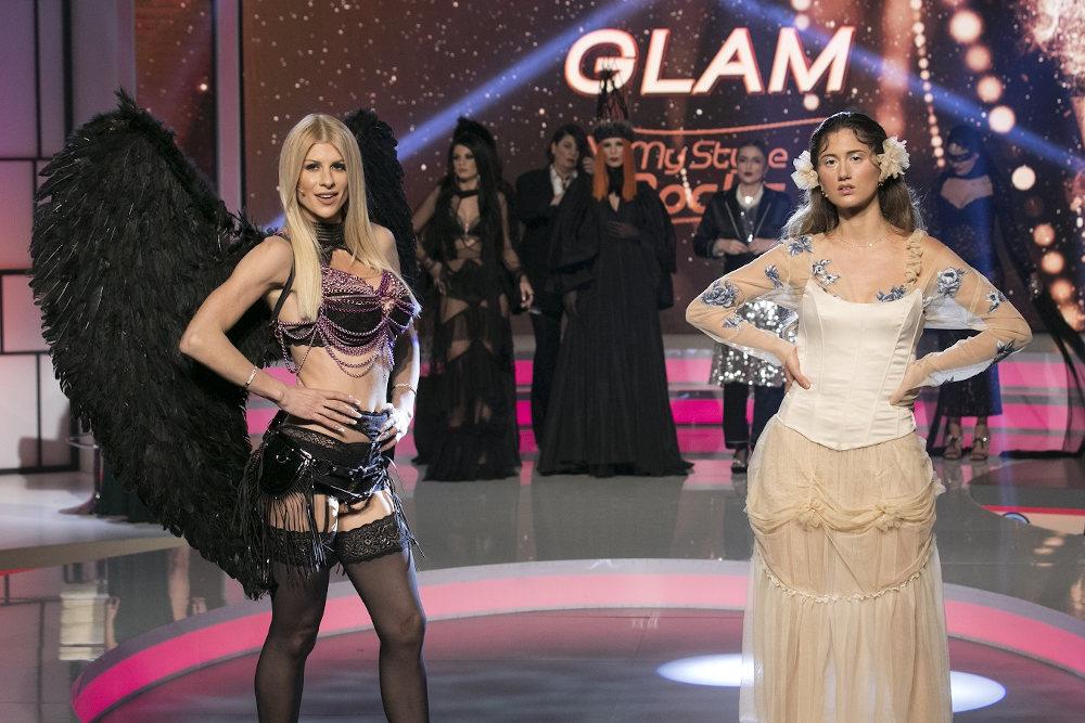Η Ευρυδίκη του My Style Rocks επέλεξε να φορέσει μαύρα φτερά στο My Style Rocks Gala