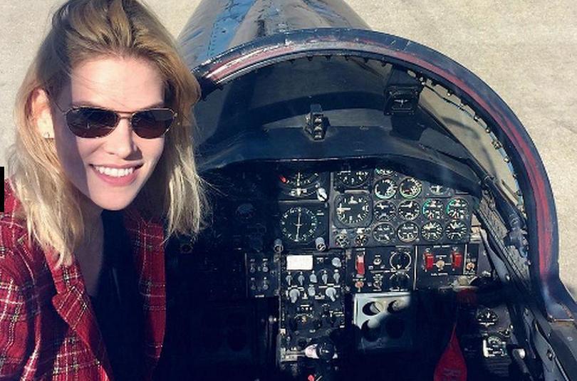 To μοντέλο από την Σλοβακία έχει εκπαιδευτεί και ως πιλότος.