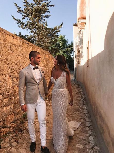 Το ζευγάρι παντρεύτηκε το Σάββατο στα Κύθηρα
