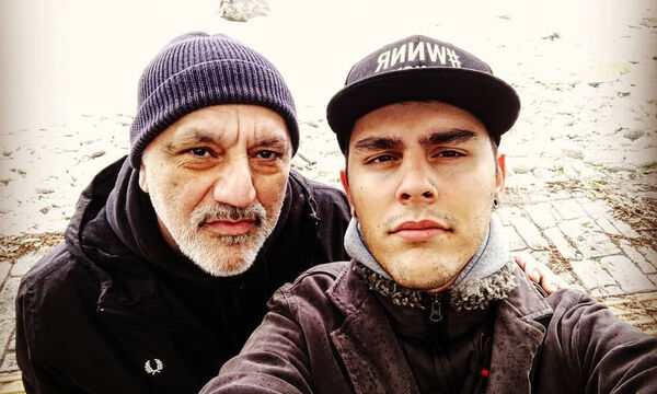 Ο Νίκος Πορτοκάλογλου, με τον γιο του, Λευτέρη
