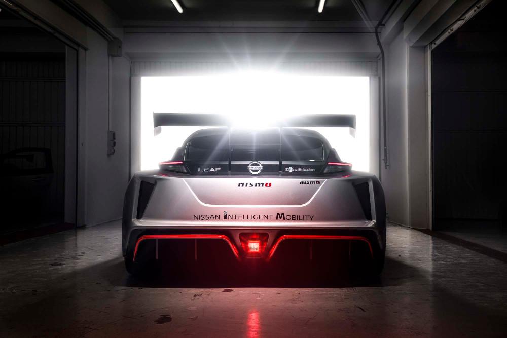 H Nissan φέρνει στην Ευρώπη το Leaf Nismo RC