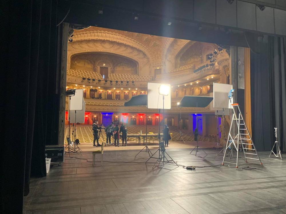 Προετοιμασίες στο εσωτερικό της όπερας του VIchy