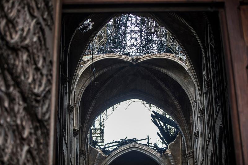 Η κατεστραμμένη οροφή