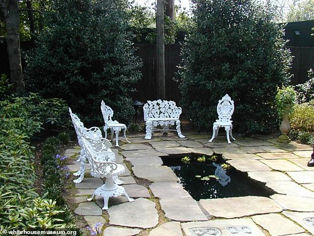 Ο Παιδικός Κήπος στον Λευκό Οίκο έχει μέχρι και μία λιμνούλα με χρυσόψαρα