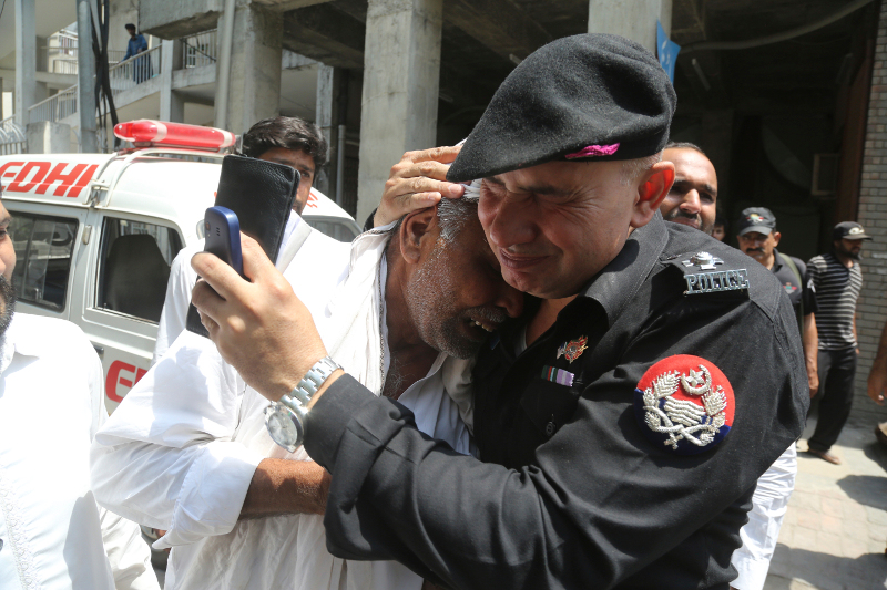 Συναγερμός στο Πακιστάν
