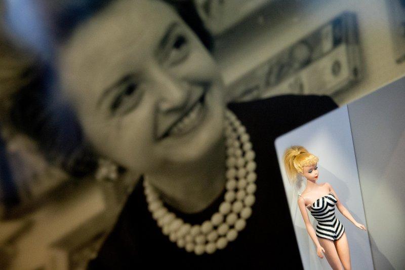 Μία από τις πρώτες Barbie της Ρουθ Χάντλερ