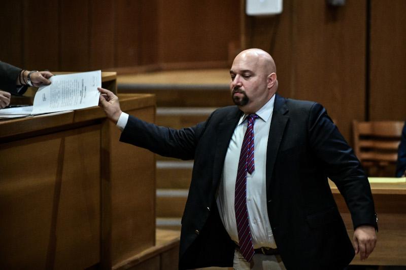 Ο Ηλίας Παναγιώταρος κατά την απολογία του