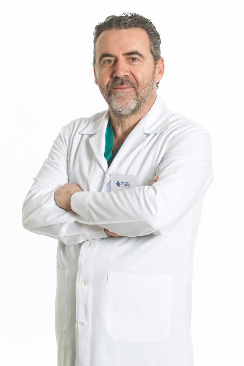 Ο Παναγιώτης Μυστίδης, Διευθυντής Α΄ Ορθοπεδικού Τμήματος, Ερρίκος Ντυνάν Hospital Center