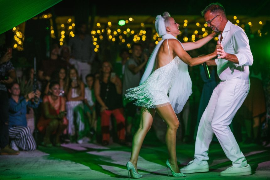 Πάνος Μεταξόπουλος Αγγελική Φατούρου γάμος χορός Αγκίστρι