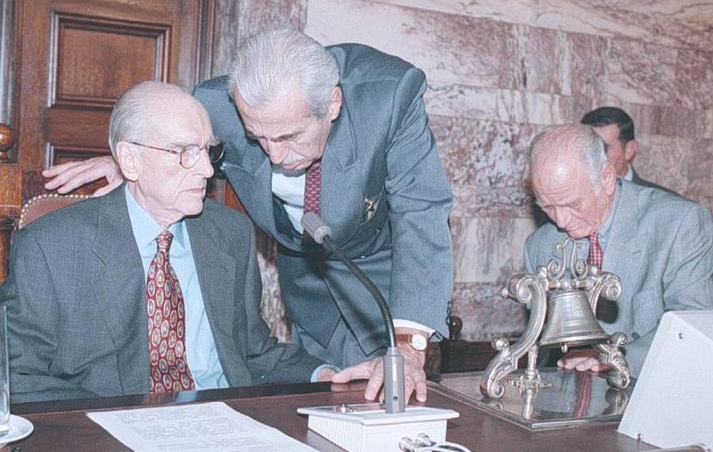 Αποτέλεσμα εικόνας για Αντώνης Λιβάνης με Ανδρέα Παπανδρέου