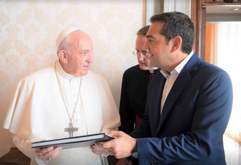 Αλέξης Τσίπρας και Πάπας Φραγκίσκος συνομίλησαν για περίπου μία ώρα / Φωτογραφία: Facebook