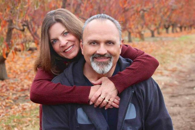 Πάστορας με την σύζυγό του