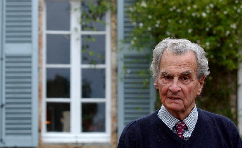 Ο Πάτρικ Λι Φέρμορ στην κατοικία του στην Καρδαμύλλη