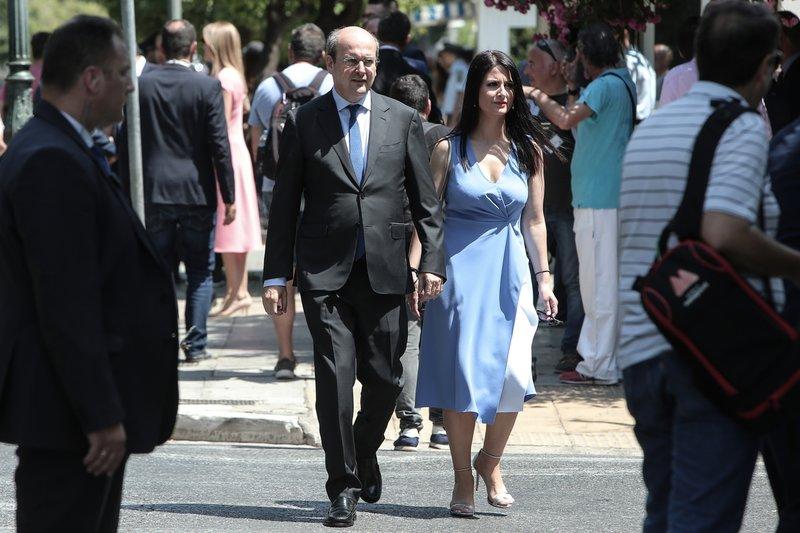 Ο Κωστής Χατζηδάκης με τη σύζυγό του