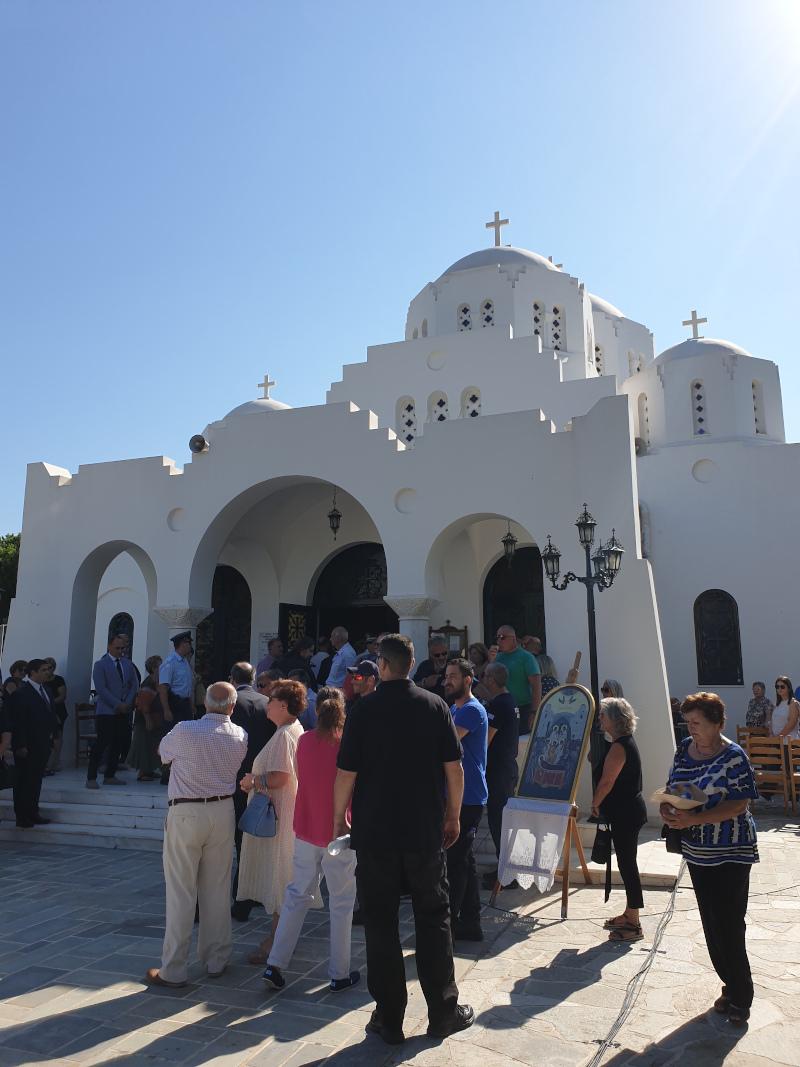 Μνημόσυνο για τα 102 θύματα της φονικής πυρκαγιάς στο Μάτι τελέστηκε στον Ιερό Ναό Κοιμήσεως της Θεοτόκου