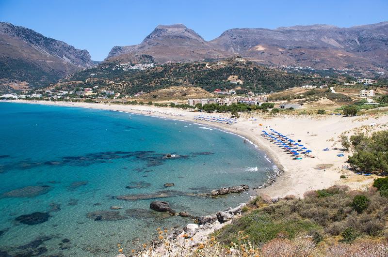 Η παραλία Πλακιάς στην Κρήτη