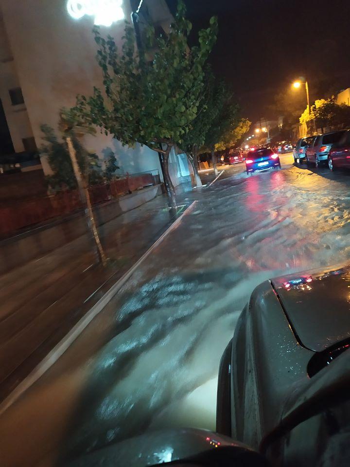 πλημμυρες δρομος