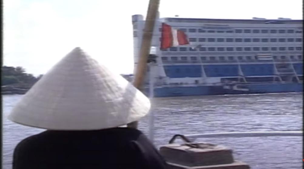 Το πλωτό ξενοδοχείο φτάνει στο Βιετνάμ