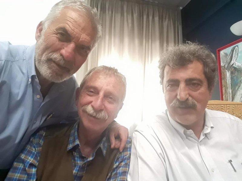 Ο Παύλος Πολάκης με συνεργάτες του