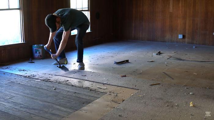 Μέσα στους 6 μήνες αυτούς, ο 31χρονος έκανε πολλές εργασίες αποκατάστασης