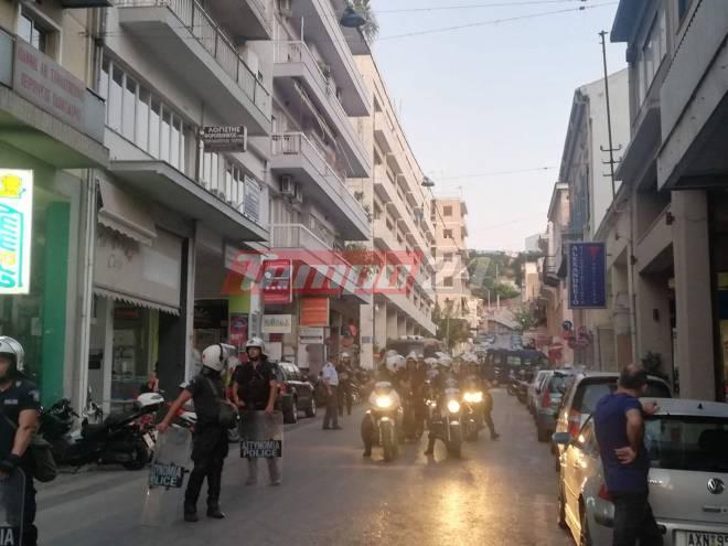 Ισχυρές αστυνομικές δυνάμεις στην Πάτρα στην πορεία για τον Παύλο Φύσσα