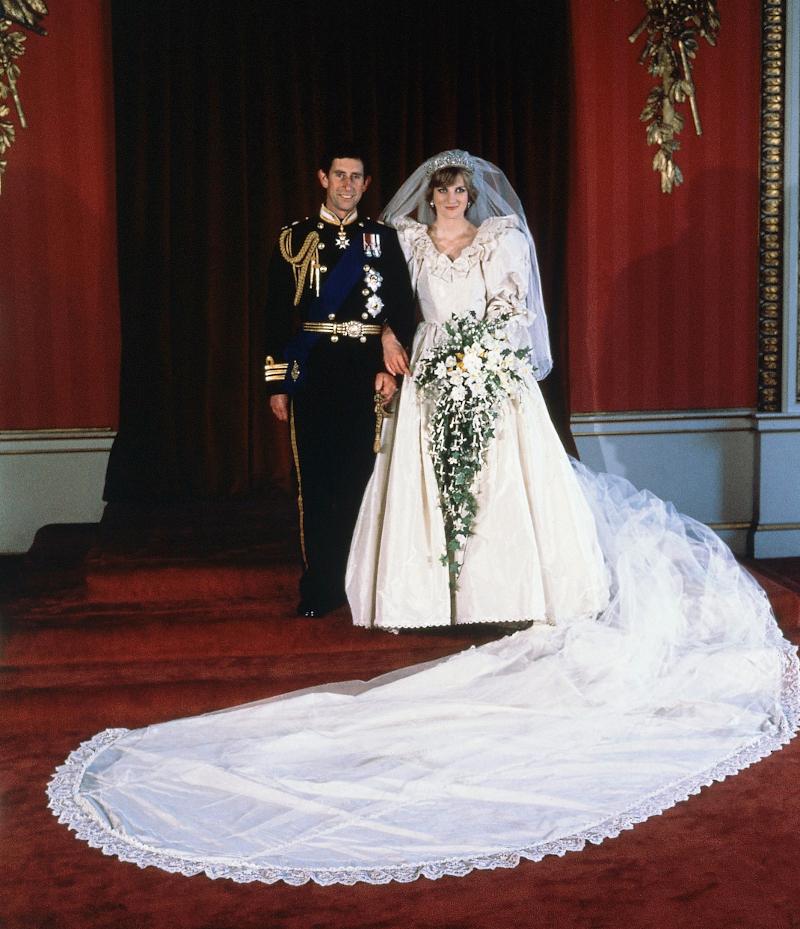 Ο πρίγκιπας Κάρολος και η πριγκίπισσα Νταϊάνα την ημέρα του γάμου τους