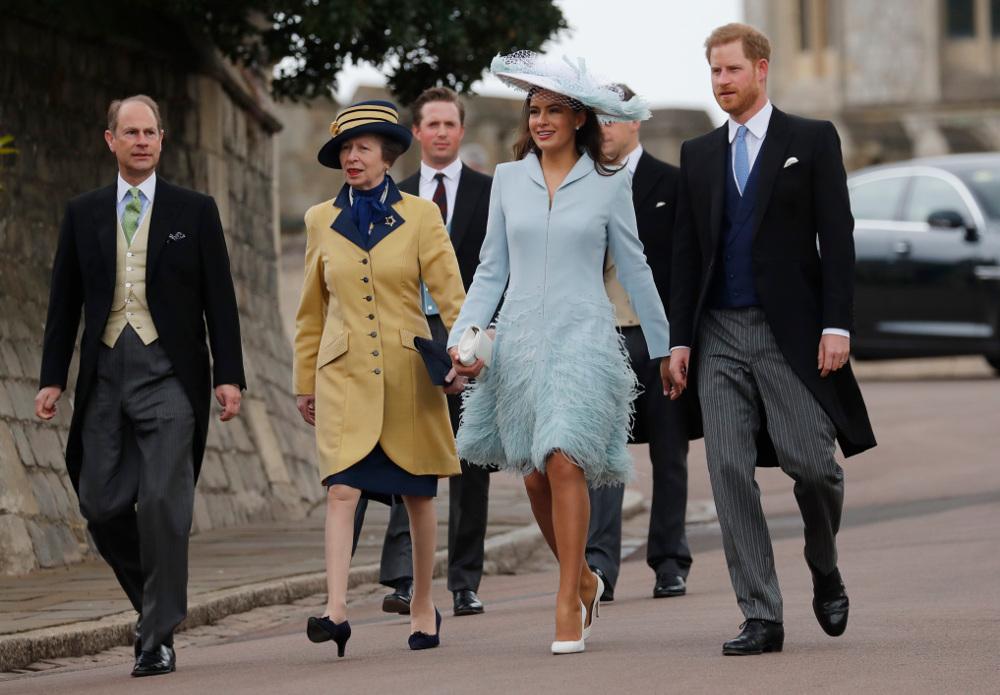 πρίγκιπας Χάρι έκανε την έκπληξη και εμφανίστηκε στον γάμο
