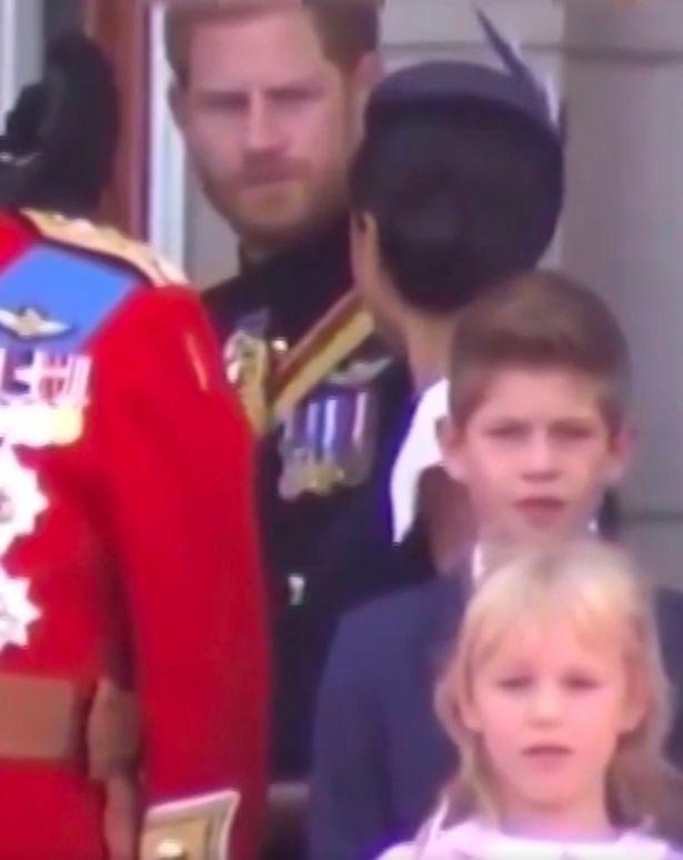 Το παγωμένο βλέμμα του πρίγκιπα Χάρι στην σύζυγό του