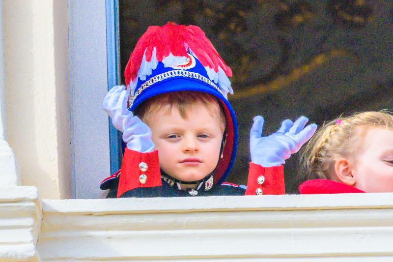 Για πρώτη φορά με στολή ο 4χρονος πρίγκιπας Ζακ