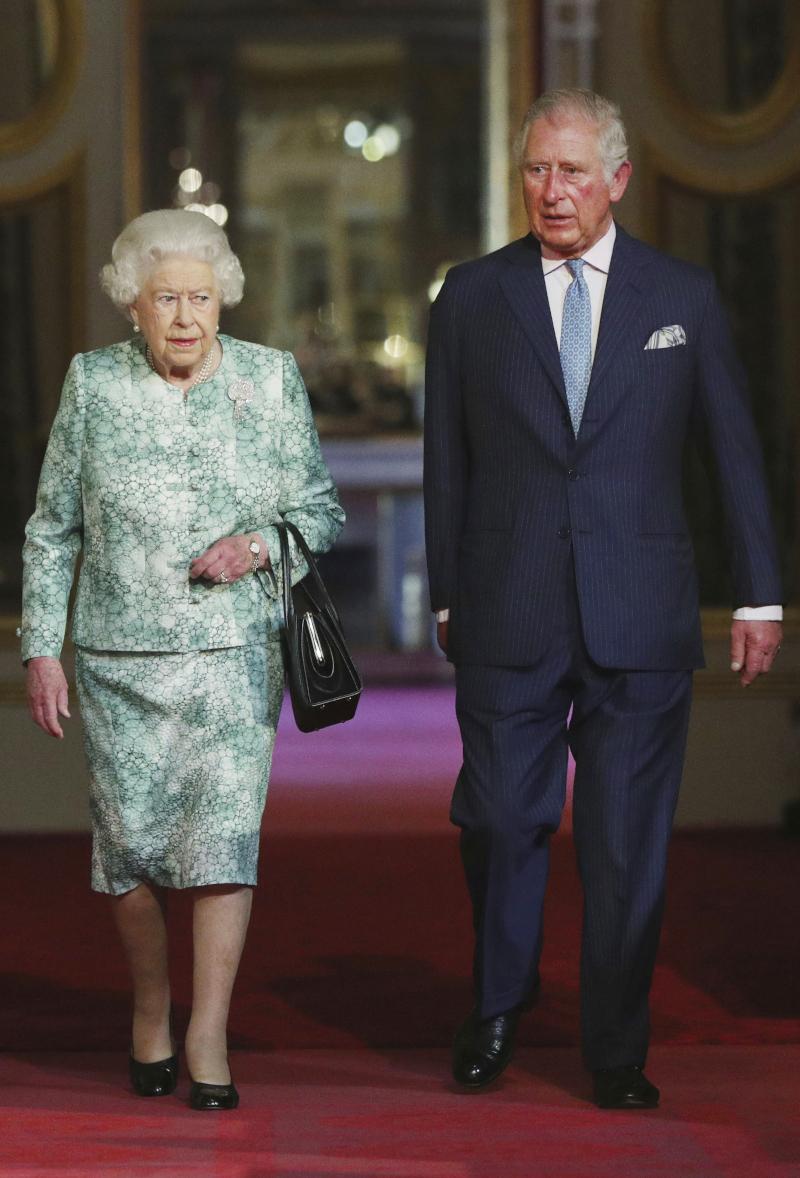 βασίλισσα Ελισάβετ πρίγκιπας Κάρολος