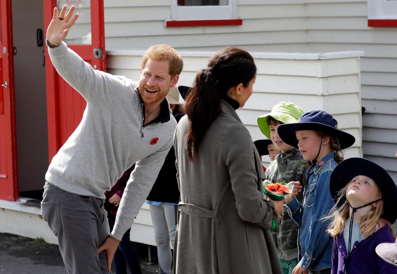 Πρίγκιπας Χάρι και Μέγκαν Μαρκλ θα σταματήσουν να εργάζονται για την βασιλική οικογένεια από την 1η Απριλίου