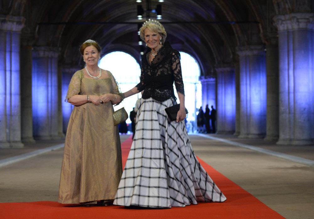 Η πριγκίπισσα Χριστίνα με την αδερφή της, πριγκίπισσα Ειρήνη της Ολλανδίας