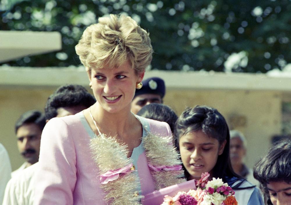 Η πριγκίπισσα Νταϊάνα επισκέφθηκε 3 φορές το Πακιστάν- μια χώρα με ιδιαίτερη συναισθηματική αξία για την ίδια