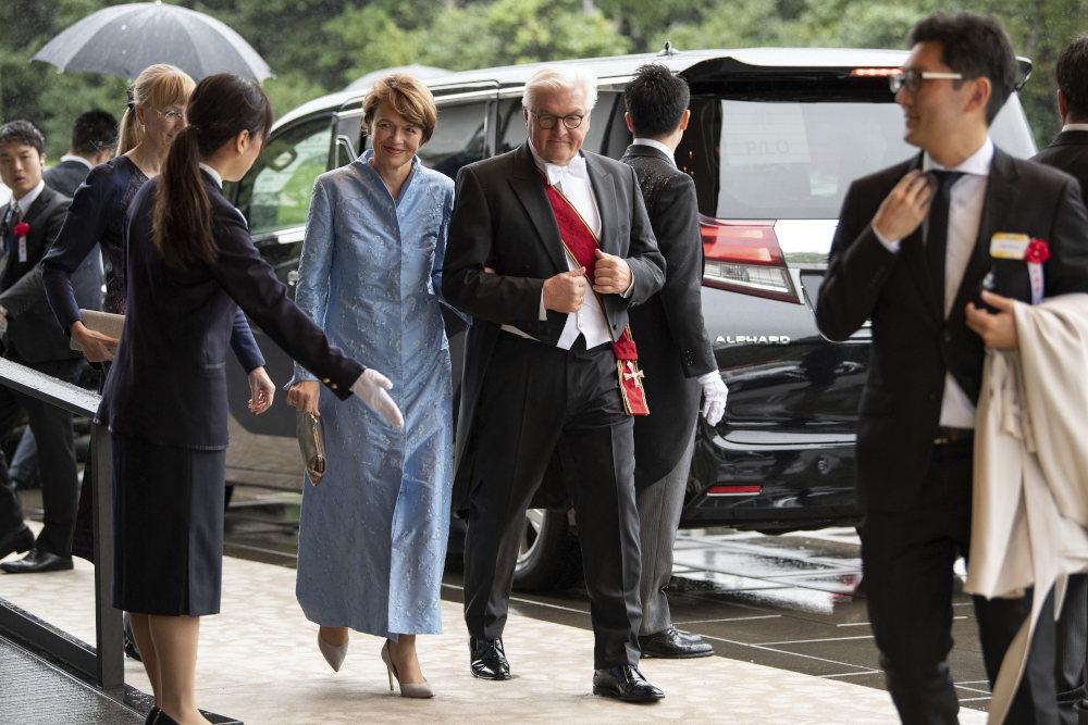 Ο Γερμανός Πρόεδρος  Φρανκ-Βάλτερ Στάινμαγιερ παρακολούθησε επίσης την τελετή ενθρόνισης του αυτοκράτορα της Ιαπωνίας
