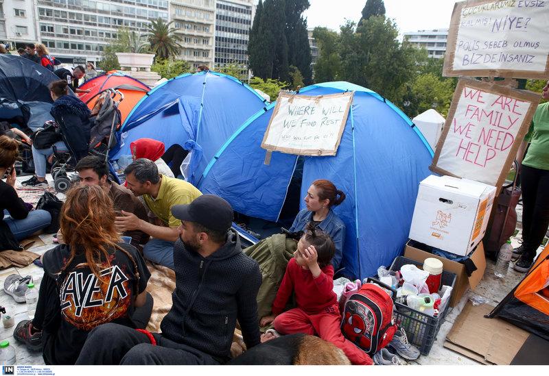 Οικογένειες μεταναστών ζητούν βοήθεια -Φωτογραφία: Intimenews/ΣΤΕΦΑΝΟΥ ΣΤΕΛΙΟΣ