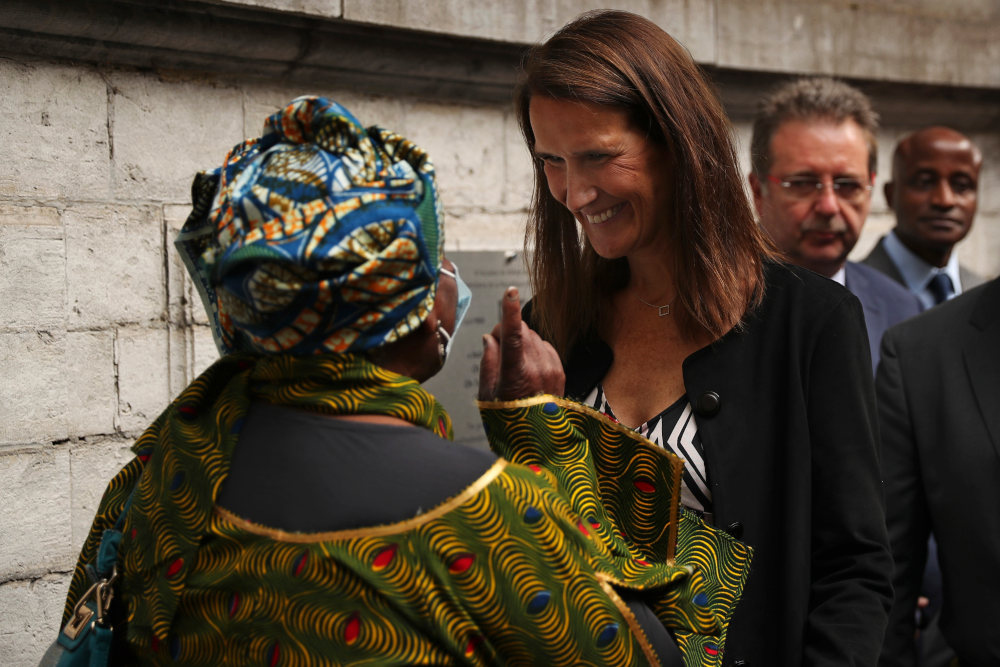 Συζήτηση Βιλμές συνομιλεί με πολίτες του Κονγκό στις Βρυξέλλες