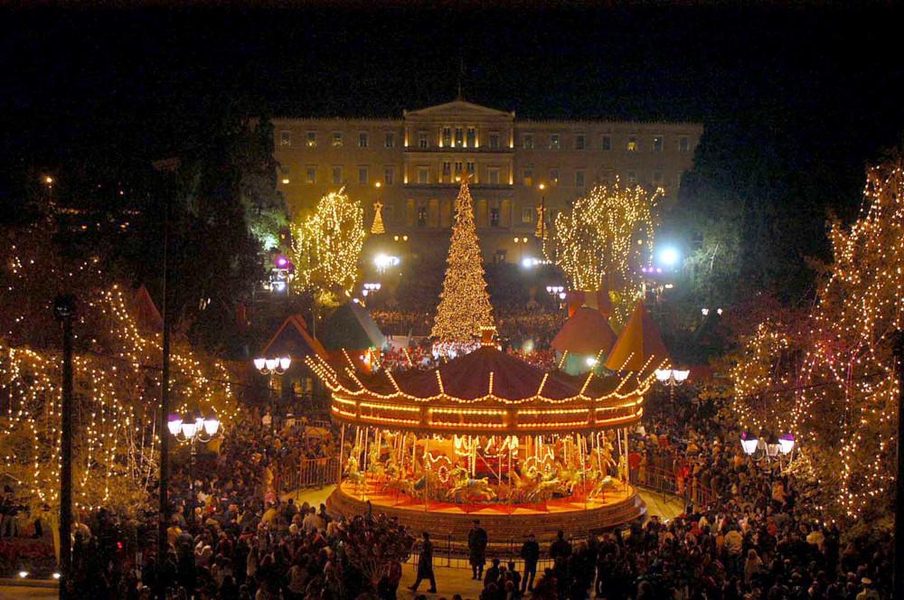 Το χριστουγεννιάτικο Σύνταγμα το 2004