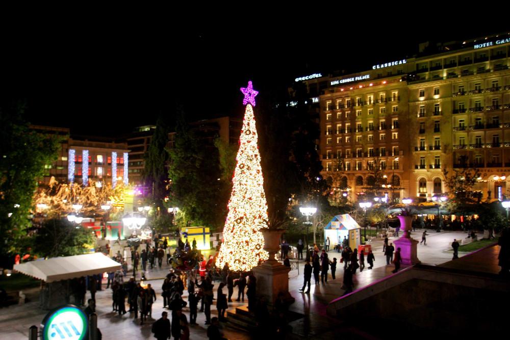 Χριστούγεννα 2008: Όταν το δέντρο τυλίχθηκε στις φλόγες