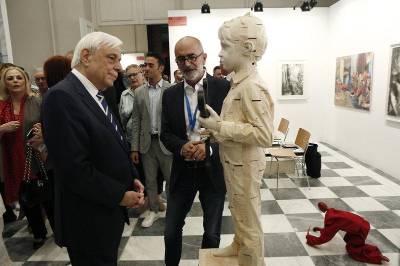 Ο Πρ. Παυλόπουλος  στην 24η Art Athina έκθεση στο Ζάππειο-