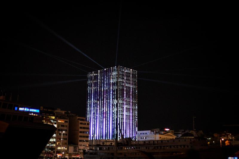 Φωταγώγηση του Πύργου του Πειραιά