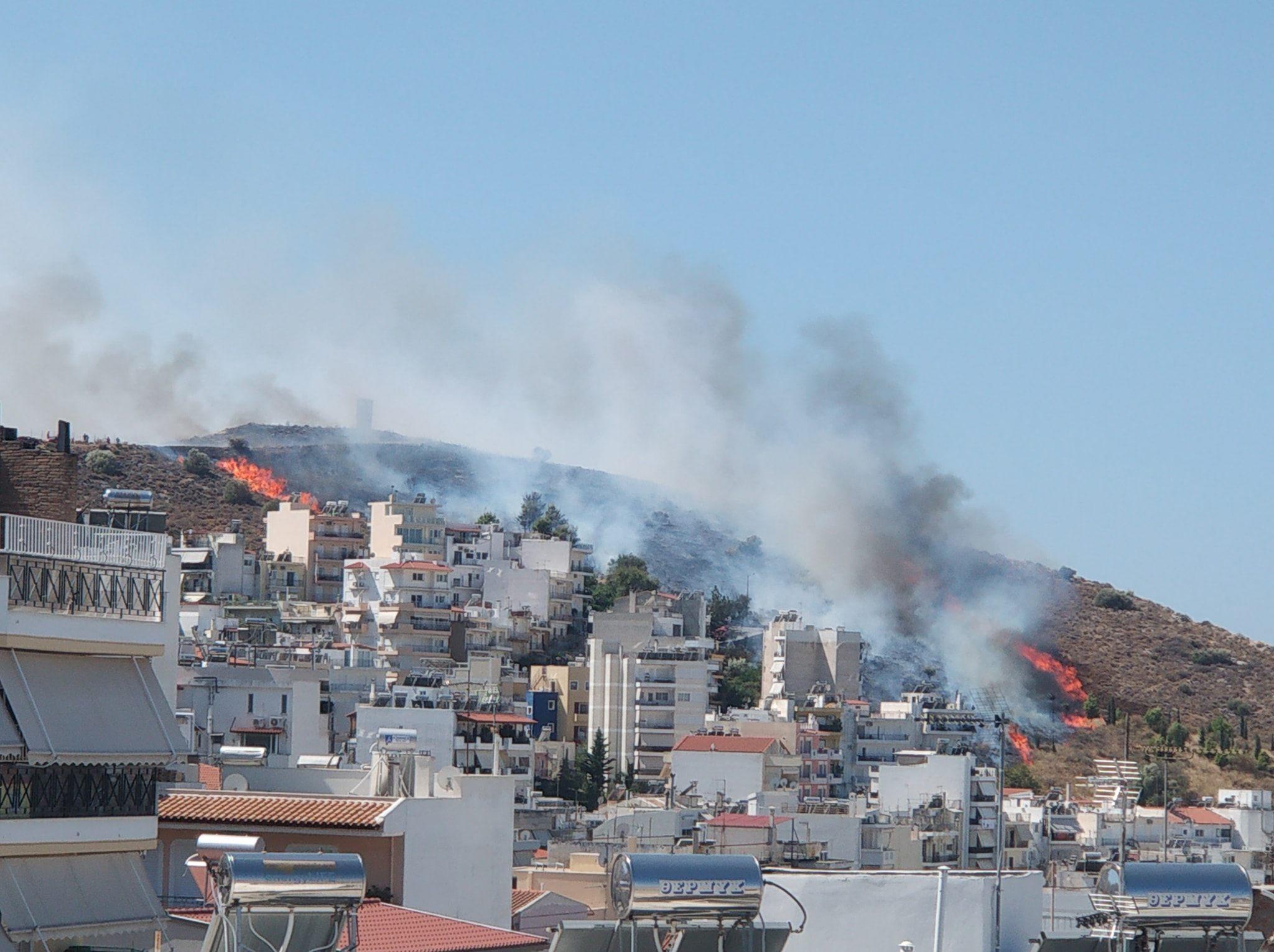 Πυρκαγιά στον Υμηττο / Φωτογραφία: FACEBOOK/VYRONAS.GR